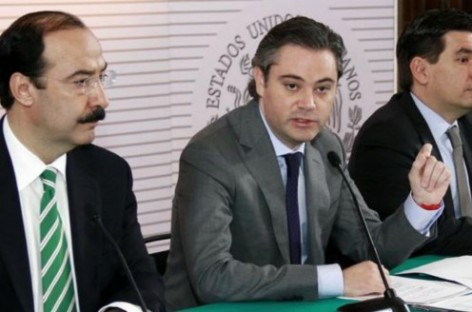 Autoridades educativas de todo el país firman convenio para facilitar el combate al acoso escolar