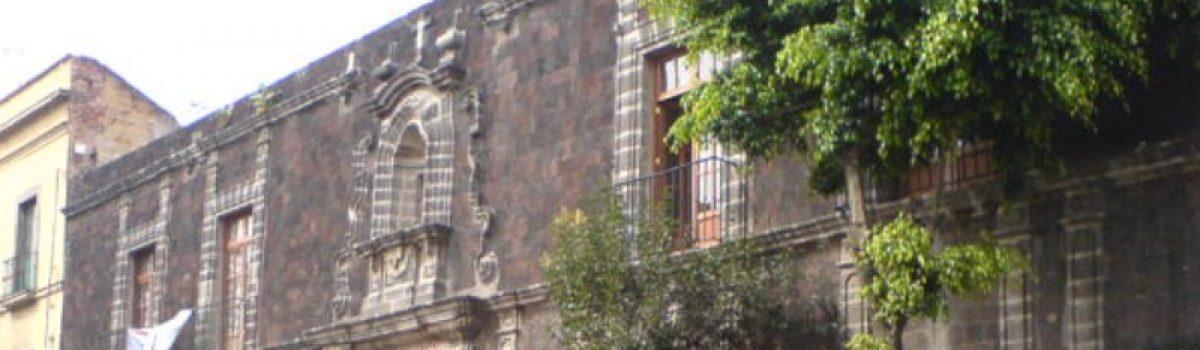 Intervenciones de vivienda social en edificios históricos: La Covadonga.