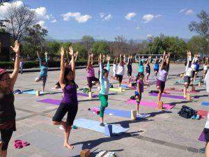 Clase masiva de yoga @ Explanada Espiga | Ciudad de México | Ciudad de México | México
