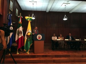 Cónsul de México, Omar Hurtado